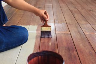 wood staining steele nd
